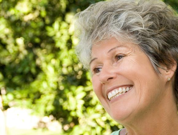 Dentist in Hickman   Optimal Gum Health for Seniors